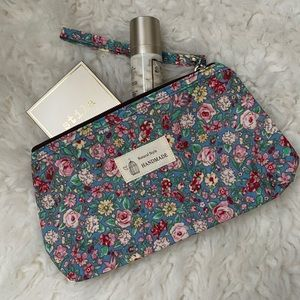 NWT Floral Makeup Bag